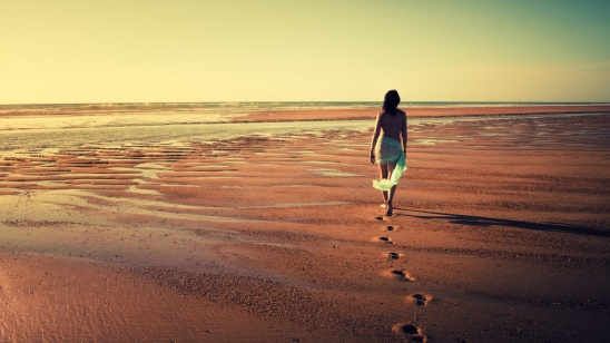 walking-away-meghann-andreassen